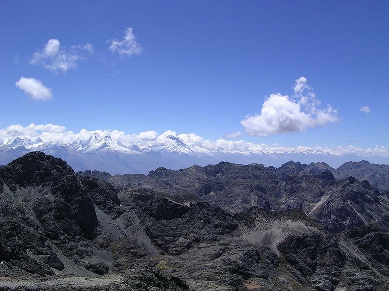 File:Cordillera Blanca y Cordillera Negra.jpg