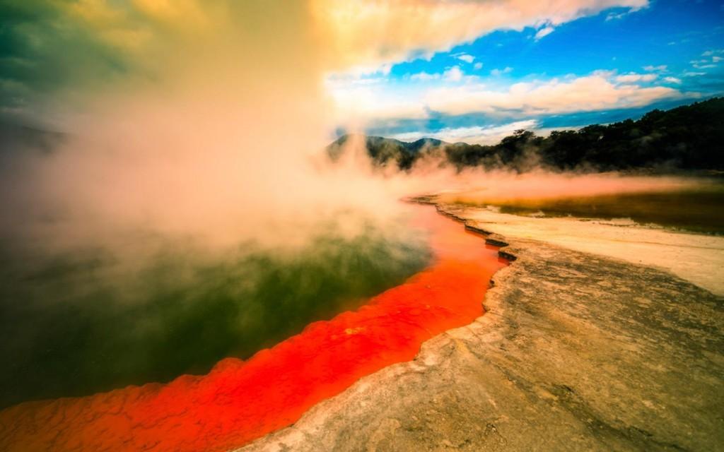 Life Aquatic: Nanotech is Saving Volcanic Lake from Algae Explosions 0