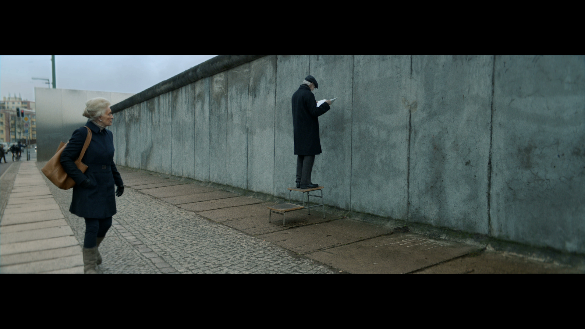 Hello, Is Anybody Out There? Scientists Make The Berlin Wall Talk